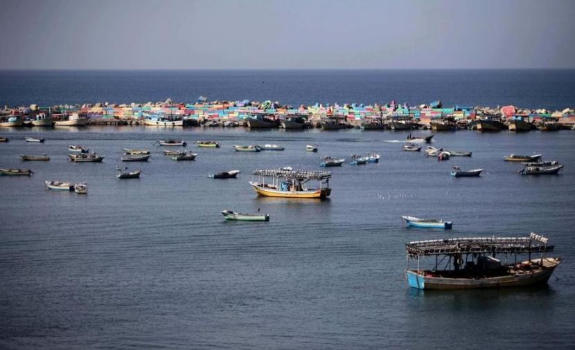 الطقس: تتأثر فلسطين بكتلة هوائية جافة والحرارة مرتفعة