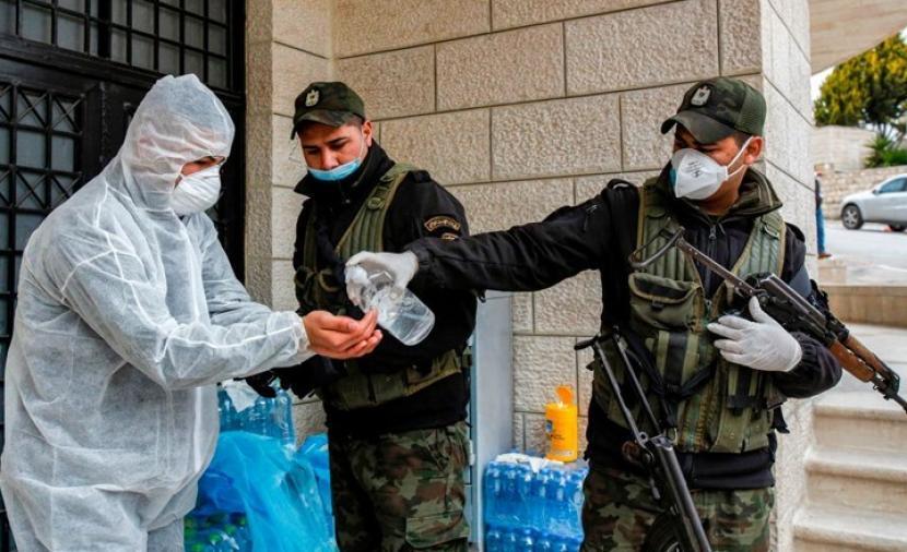 """وفاتان و292 إصابة جديدة بفيروس """"كورونا"""" بالضفة والقطاع"""