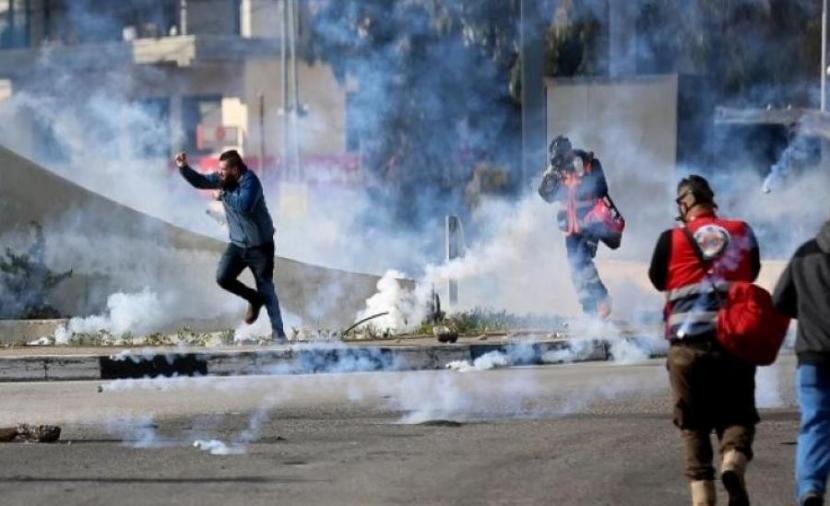 إصابات خلال مواجهات مع الاحتلال في نعلين برام الله