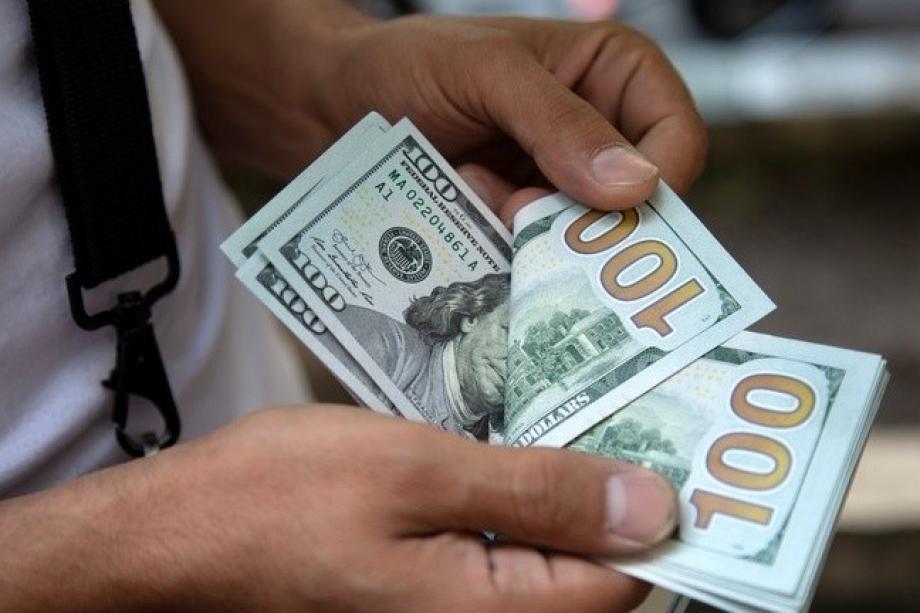 أسعار صرف العملات مقابل الشيكل اليوم الجمعة | فلسطين أون لاين